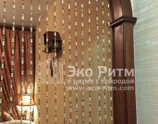 Дверные деревянные шторы из бусин