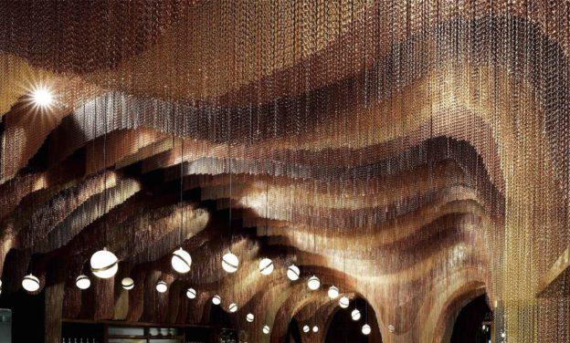 35000м цепей в итерьере китайского ресторана